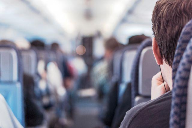 Jak umilić sobie czas w samolocie?