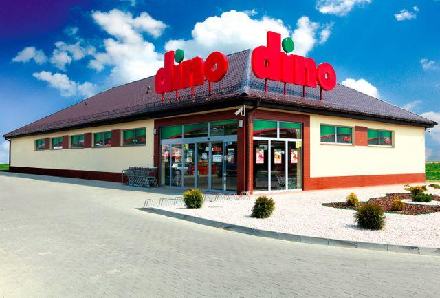 Dino otwiera kolejne sklepy i wydłuża godziny otwarcia