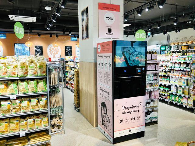 Carrefour testuje eko-stacje kosmetyczne